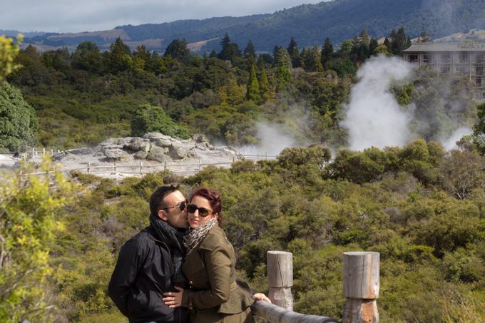 NZ-Rotorua-Jess-Tim-kiss-H