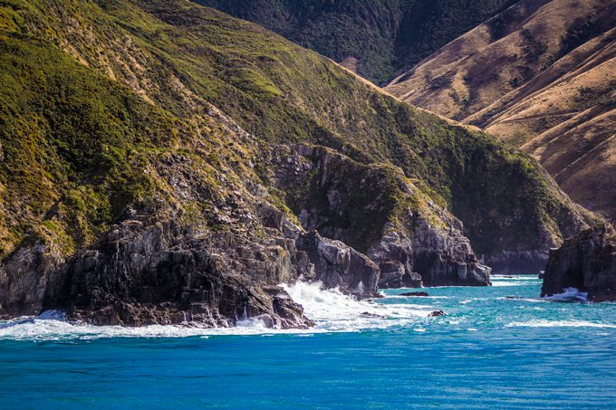 NZ-ferry-hills-rocks-H3