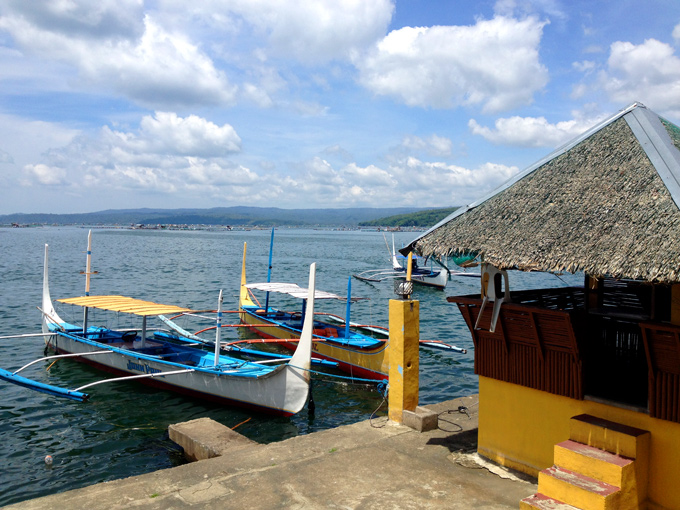 PI-Taal-lake-boats-H