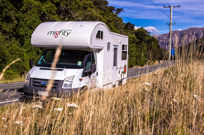 NZ-campervan-roadside-H