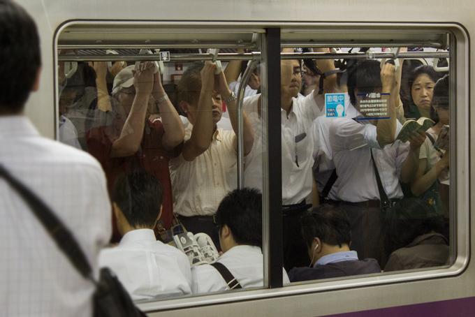 Crowded Tokyo Metro train