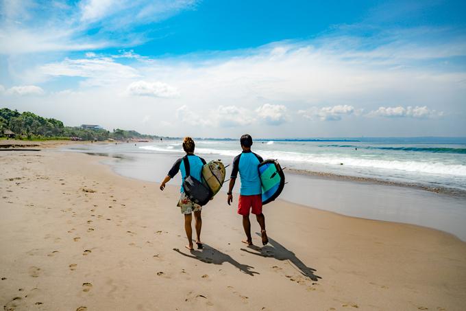 Bali surfers, Seminyak