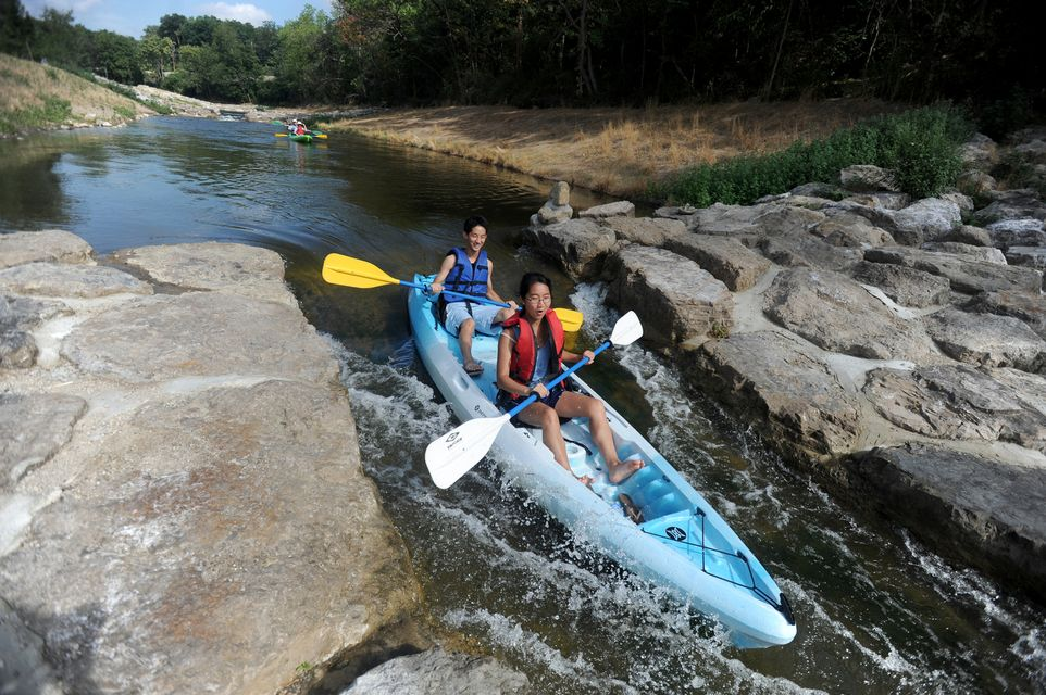 http://www.annarbor.com/news/water-levels-keep-kayakers-and-tubers-moving-on-reopened-argo-cascades/
