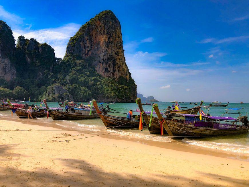 beach-3204790_1280