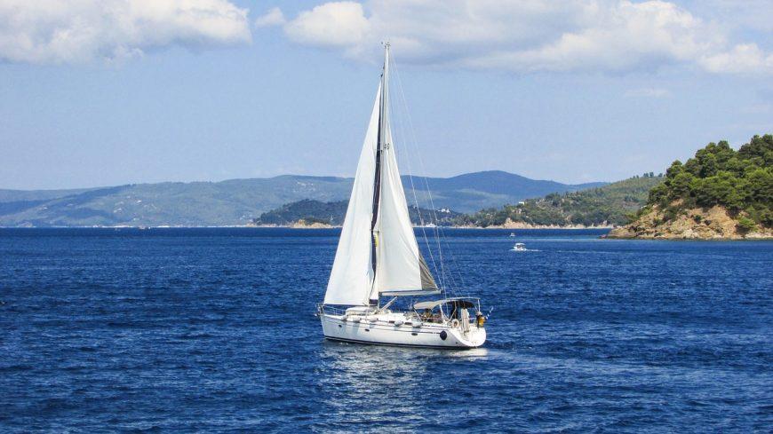 yacht-1526286_1280