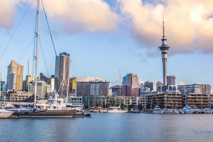 NZ-Auckland-harbor-needle-H