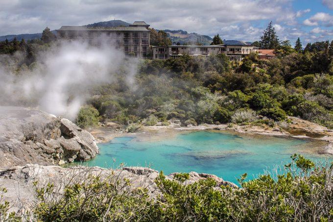 NZ-Rotorua-lake-hotel-H