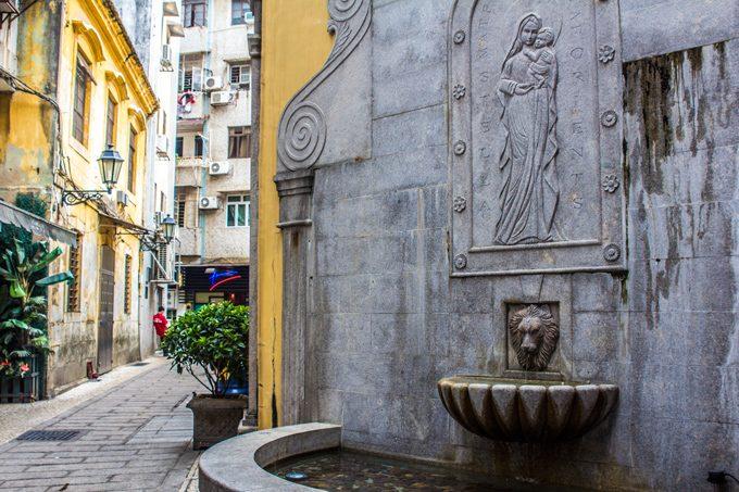 Macau-fountain-st-H