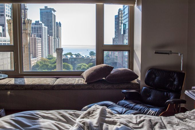 CHI-Park-Hyatt-bed-window-H