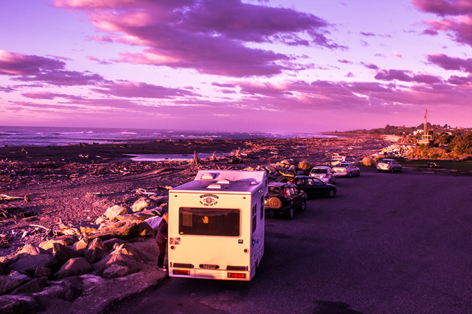NZ-Hokitika-sunset-vans-H