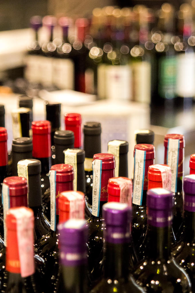 Eataly-win-bottles-close-V
