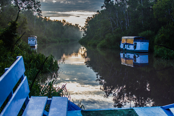 boat-morning-river-H (1)