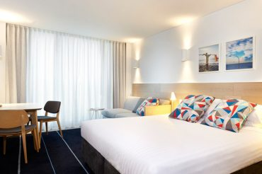 Adina-Apartment-Hotel-Bondi-room