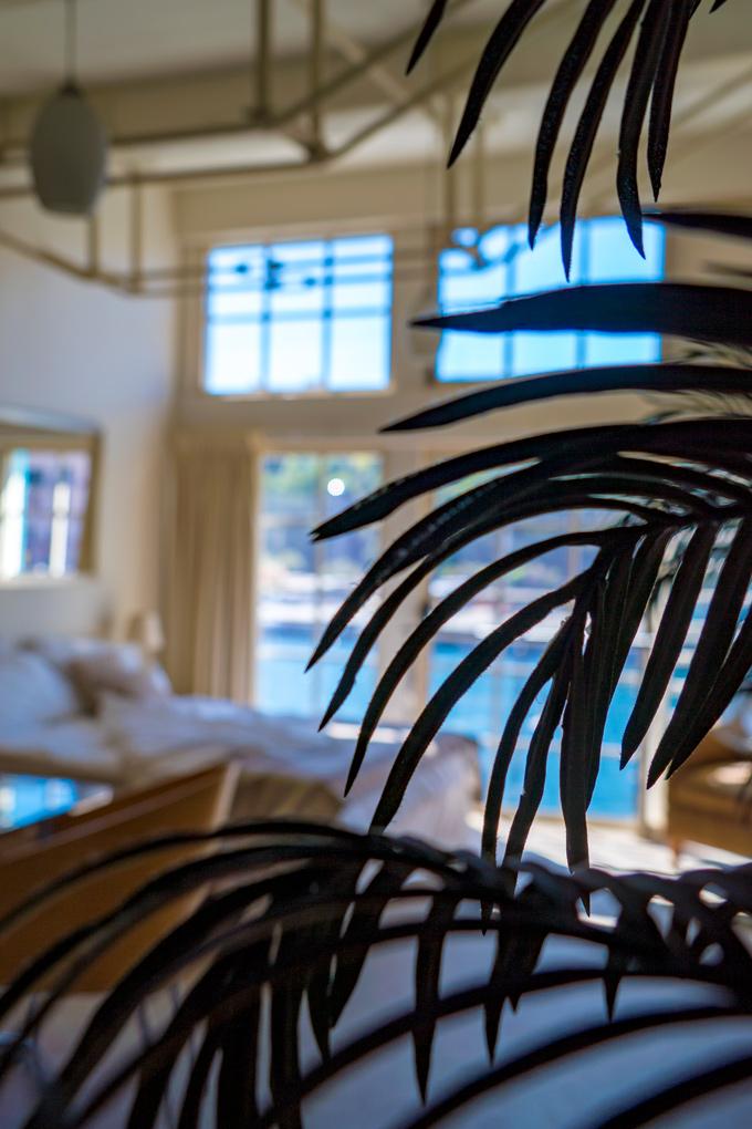 Airbnb Finger Wharf Loft at Woolloomooloo, Sydney, Australia