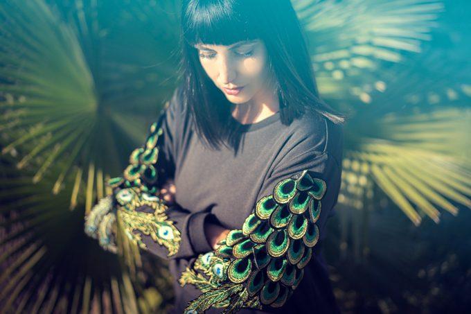 StyleWe sweatshirt with peacock fringe